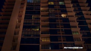 Mattress Firm TV Spot, 'Lights Out' - Thumbnail 7