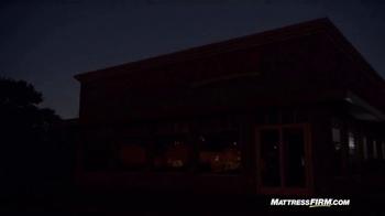 Mattress Firm TV Spot, 'Lights Out' - Thumbnail 8