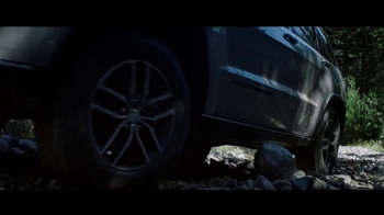 2017 Jeep Grand Cherokee TV Spot, 'Never Waiver' [T1] - Thumbnail 2
