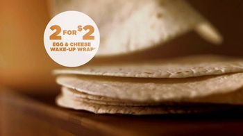 Dunkin' Donuts Egg & Cheese Wake-Up Wrap TV Spot, 'Go Time' - Thumbnail 4