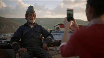 Apple iPhone 7 Plus TV Spot, 'Take Mine' Song by Bezos' Hawaiian Orchestra - Thumbnail 6