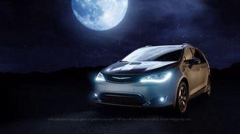 2017 Chrysler Pacifica Hybrid TV Spot, 'Reflection' [T1]