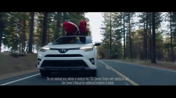 2017 Toyota RAV4 TV Spot, 'Inner City Outdoors' - Thumbnail 4