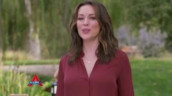 Atkins Harvest Trail Bars TV Spot, 'Happy Weight' Featuring Alyssa Milano - Thumbnail 9