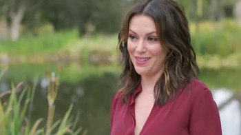 Atkins Harvest Trail Bars TV Spot, 'Happy Weight' Featuring Alyssa Milano - Thumbnail 4