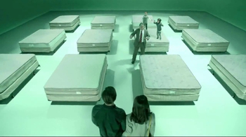 Sleep Number Lowest Prices of the Season TV Spot, 'i8 Mattress' - Thumbnail 3