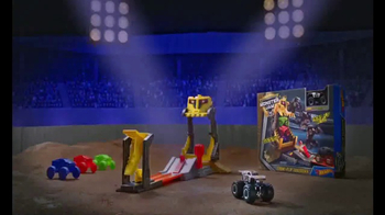 Hot Wheels Monster Jam Front Flip Takedown TV Spot, 'Make It Epic' - Thumbnail 5