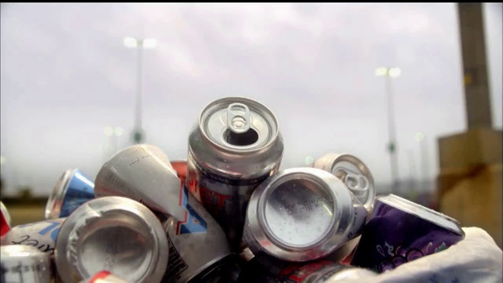 Keep America Beautiful TV Commercial, 'Recicla: otra vida'