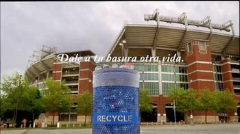 Keep America Beautiful TV Spot, 'Recicla: otra vida' [Spanish] - Thumbnail 4