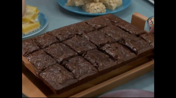 Red Copper Brownie Bonanza TV Spot, 'No Sticking' Featuring Cathy Mitchell - Thumbnail 2