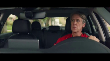 Domino's Pizza Tracker TV Spot, 'Home for Pizza' Feat. Joe Keery, Alan Ruck - Thumbnail 4