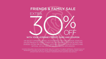 JCPenney Friends & Family Sale TV Spot, 'Spring Trends' - Thumbnail 7