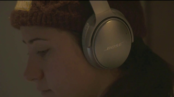 Bose TV Spot, 'Drop In' Featuring Jackie Wiles - Thumbnail 2