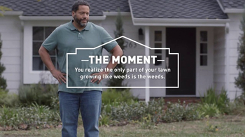 Lowe's Refresh Your Outdoors Event TV Spot, 'The Moment: Scotts EZ Seed' - Thumbnail 4