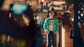 Cracker Barrel Old Country Store & Restaurant TV Spot, 'Sombrero' [Spanish] - Thumbnail 4