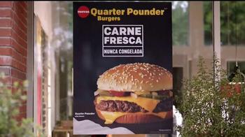 McDonald's Quarter Pounder Burgers TV Spot, 'Servilletas' [Spanish] - Thumbnail 3