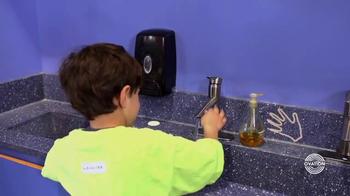 Delta Faucet TV Spot, 'Ovation: Messy Artist' - Thumbnail 7