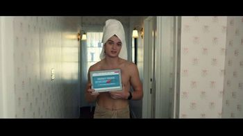 Domino's Pizza Tracker TV Spot, 'Life Moves Fast' Featuring Joe Keery - Thumbnail 5