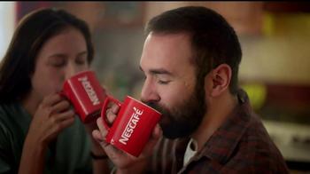 Nescafe Clásico TV Spot, 'Haz que cada momento se quede contigo' [Spanish]