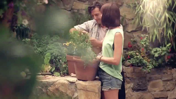 Miracle-Gro TV Spot, 'So Rich, It Should File a Tax Return' - Thumbnail 5