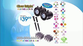 Glow Bright Festive Lights TV Spot, 'Turn Ordinary Into Extraordinary' - Thumbnail 9