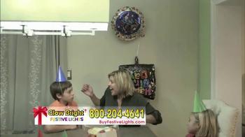 Glow Bright Festive Lights TV Spot, 'Turn Ordinary Into Extraordinary' - Thumbnail 4