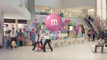 M&M's TV Spot, 'Mall Easter Bunny' - Thumbnail 8