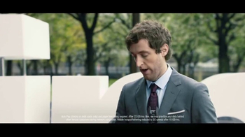 Verizon Unlimited TV Spot, 'Drop the Mic: Android' Feat. Thomas Middleditch - Thumbnail 7