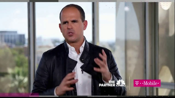 T-Mobile TV Spot, 'CNBC: Making the Right Choice' - Thumbnail 5