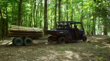 Can-Am Spring Fever Sales Event TV Spot, 'Effort in Engineering: Defender' - Thumbnail 4
