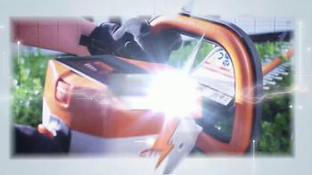 STIHL Lightning Battery System TV Spot, 'Chainsaw' - Thumbnail 7