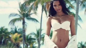 Victoria's Secret Strapless Collection TV Spot, 'Fun and Flirty' - Thumbnail 2