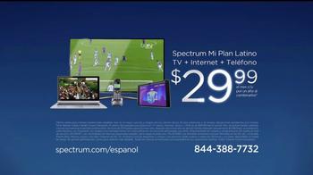 Spectrum Mi Plan Latino TV Spot, 'Los vecinos' con Gaby Espino [Spanish] - Thumbnail 7