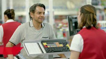 DishLATINO TV Spot, 'Supermercado: Canales' con Eugenio Derbez,  canción de Periko & Jessi Leon [Spanish] - Thumbnail 2
