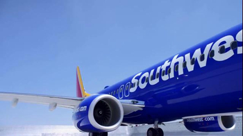 Southwest Airlines TV Spot, 'Football Fans' Song by BØRNS - Thumbnail 2