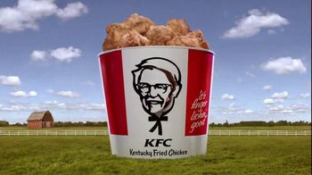 KFC $20 Family Fill Up TV Spot, 'Business Colonel' Featuring Norm Macdonald - Thumbnail 9
