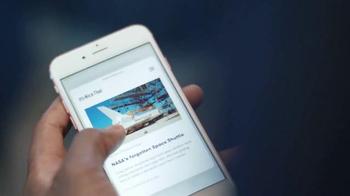 Apple iPhone 6s TV Spot, '3D Touch' con Jamie Foxx [Spanish] - Thumbnail 2