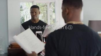 Apple iPhone 6s TV Spot, 'Flip a Coin' Featuring Jamie Foxx - Thumbnail 1