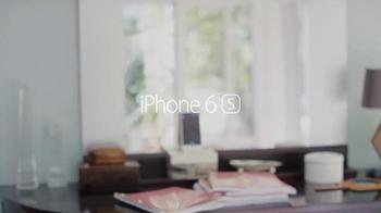Apple iPhone 6s TV Spot, 'Flip a Coin' Featuring Jamie Foxx - Thumbnail 7