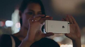 Apple iPhone 6s TV Spot, 'The Camera' - Thumbnail 5