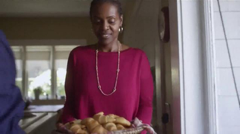 Pillsbury Crescents TV Spot, 'Give It a Pop: Side' - Thumbnail 1
