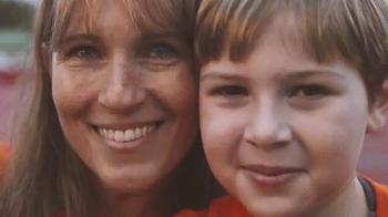 The Leukemia & Lymphoma Society Light the Night Walk TV Spot, 'Lanterns' - Thumbnail 2