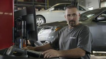 Meineke Car Care Centers TV Spot, 'Veterans Day: Thank You Oil Changes'