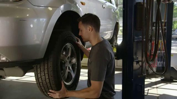 Meineke Car Care Centers TV Spot, 'Veterans Day: Thank You Oil Changes' - Thumbnail 1