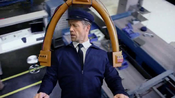 Maytag TV Spot, 'Built for Dependability' Featuring Colin Ferguson - Thumbnail 6