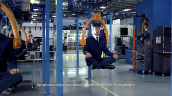 Maytag TV Spot, 'Built for Dependability' Featuring Colin Ferguson - Thumbnail 7