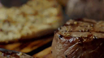 TGI Friday's Spiked Plates TV Spot, 'When Chefs Raid the Bar' - Thumbnail 3