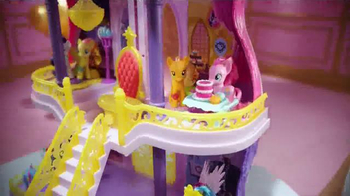 My Little Pony Canterlot Castle TV Spot, 'Friendship Celebration' - Thumbnail 4