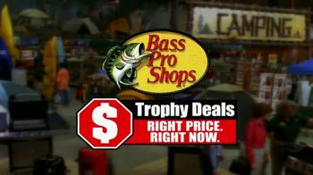 Bass Pro Shops Trophy Deals TV Spot, 'Halloween Crafts and Parade' - Thumbnail 3