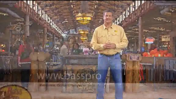 Bass Pro Shops Friends & Family Sale TV Spot, 'The Peanuts Movie' - Thumbnail 6